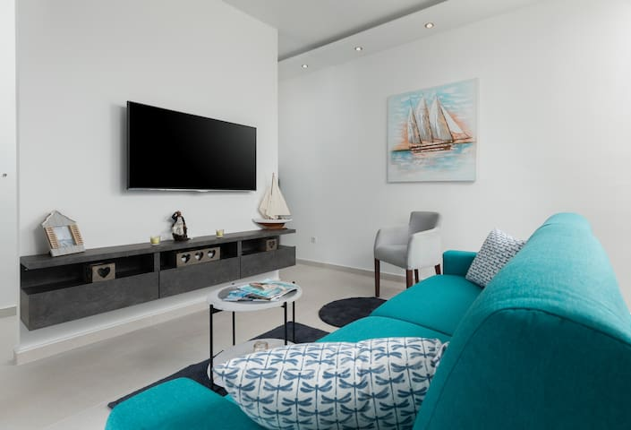Marinero One Bedroom Apartment-Tramonto Apartments