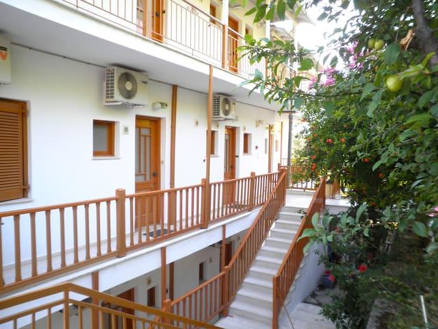 KOSTAS STUDIOS - Lefkada - Apartment