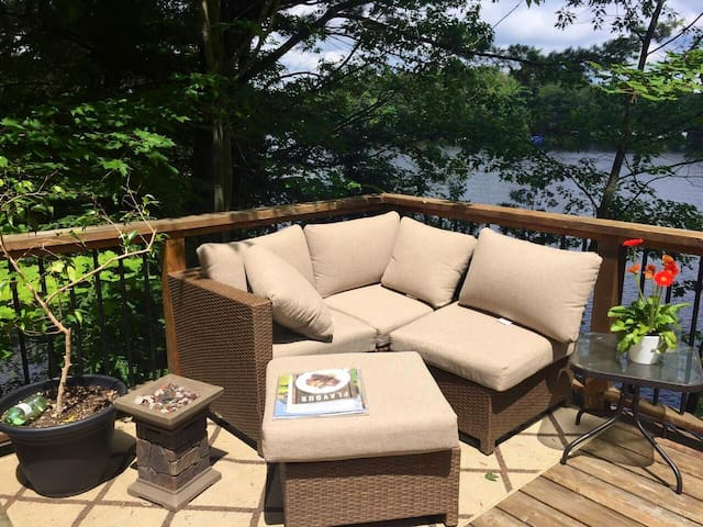 Rockview Muskoka Cottage