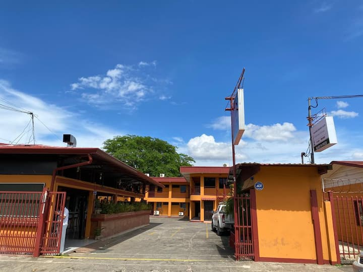 Hotel La Estancia del Este, Santa Cruz, Gte CR