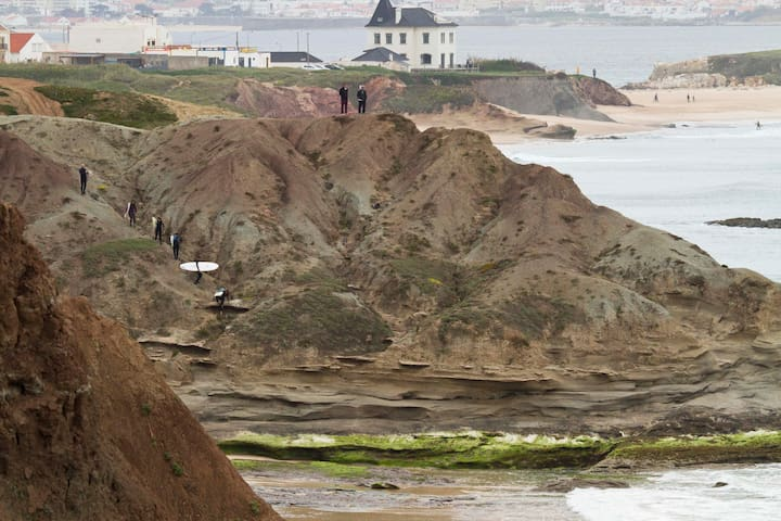 Beach House in Baleal - lagido - Феррел
