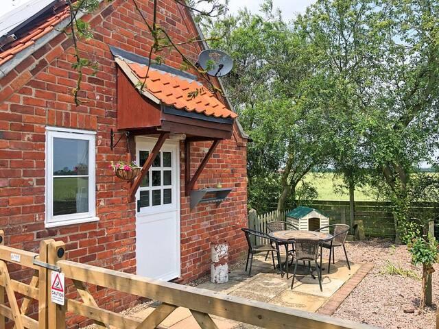 River Farm Cottage (UK31116)