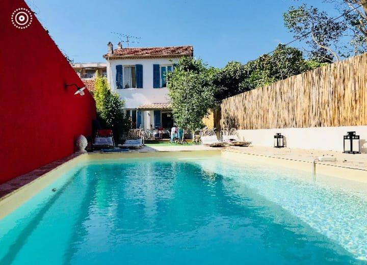 Villa avec piscine à 5 min. à pieds des plages /A1