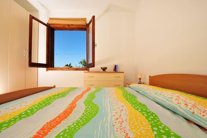 Casa Colori a Cala Moresca