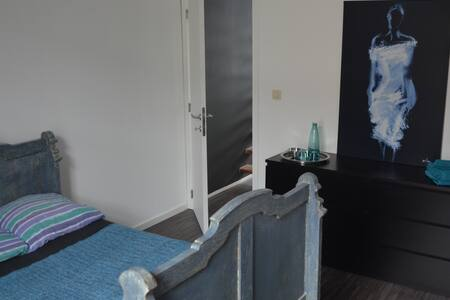 Private room near Gent city center - 根特