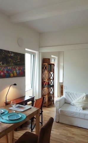 Wohnzimmer nach Schlafzimmer