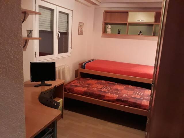 Habitación con calefacción central 1