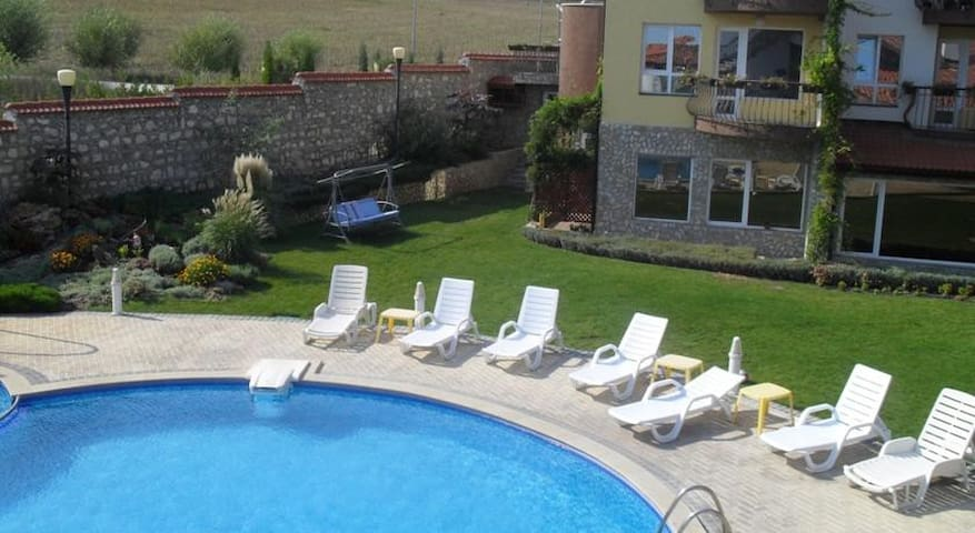 Cozy Private Apartment - Rogachevo - Wohnung