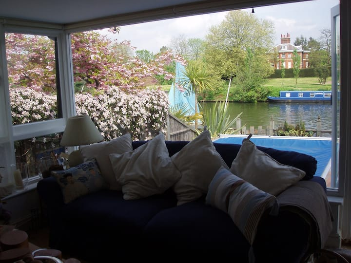 Island House, opposite Hampton Court Thames Ditton