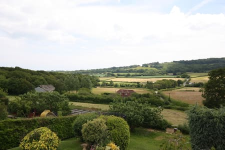 Rural room with magnificent views - Guestling - Bed & Breakfast