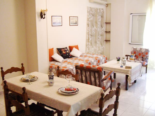 COZY CENTRAL 2bedroom entireApt - Nea Smirni - Pis