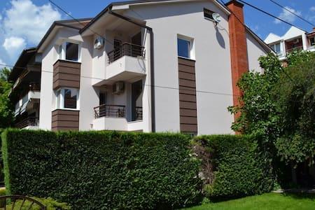 Apartment Alexandra - Üsküp