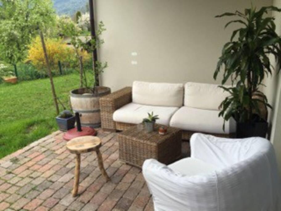 Superbe appartement rez de jardin appartements en for Chambre a louer gex
