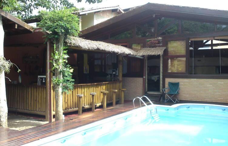 Cama em quarto compartilhado - hostel c piscina #6