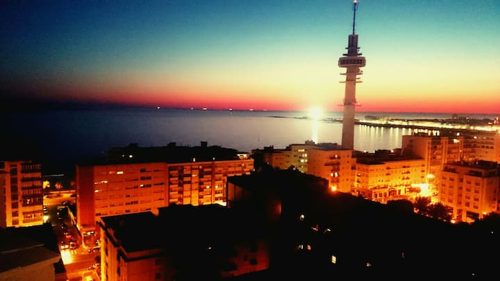 Sky apartamento PlayaCentro vistas panorámicas mar