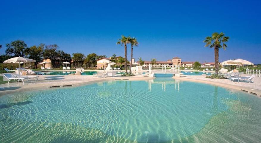 Chervo San Vigilio Golf Apartment - Pozzolengo - Condominio