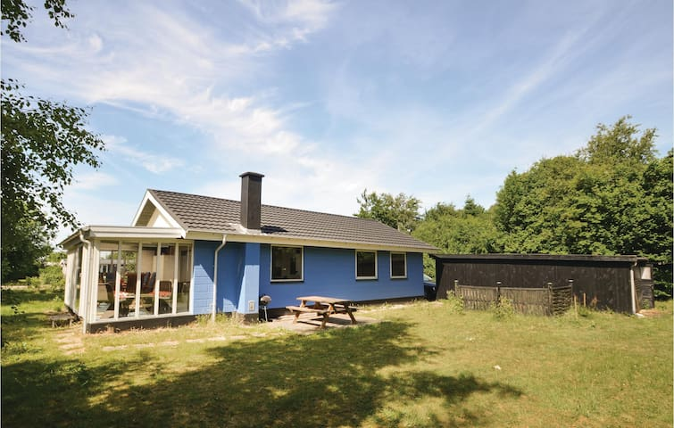 Holiday cottage with 3 bedrooms on 82m² in Hjerm