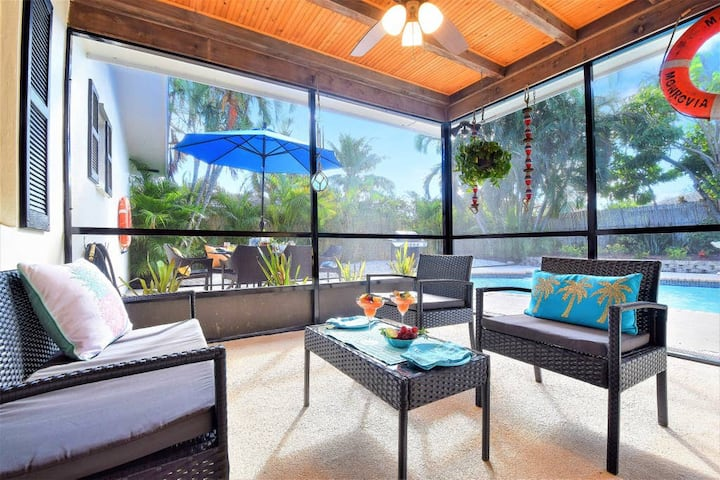 ❤️ VILLA PARADISO (DIGSIFY) ❤️ | PRIVATE HEATED POOL | RAPIDS WATERPARK | BBQ | KING BED | SELF CHECK-IN | FREE PARKING | BEACHES | NEAR PGA & PALEY INSTITUTE | ROGER DEAN STADIUM | FITTEAM BALLPARK