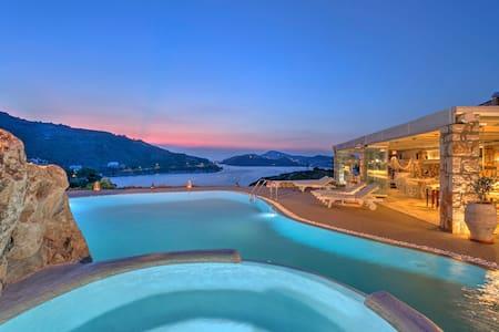 Eirini Luxury Hotel Villas-One bedroom villa - Patmos