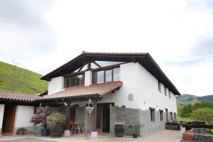 Casa 4 prs - Aizarnazabal - Pis