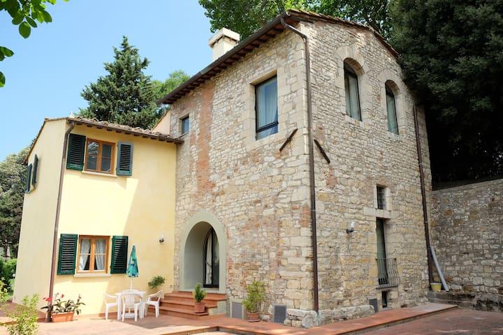 Villa in Florence /Mimì - Vicchio di Rimaggio - วิลล่า