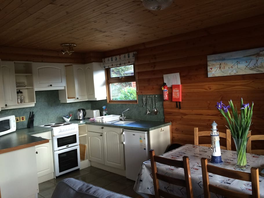 Fully equipped open plan kitchen/lounge/diner