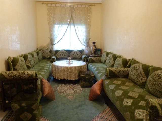 furnished and decorated flat w WIFI