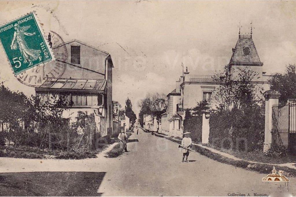 """D'hier à aujourd'hui la villa """"PARIS"""" traverse les siècles..."""
