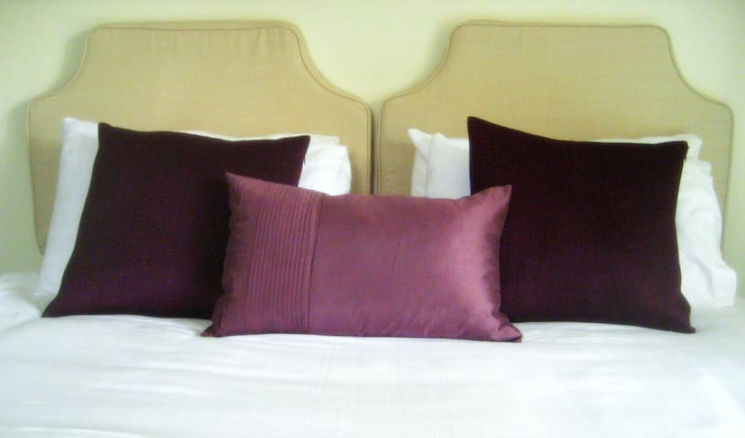 Luxury En-suite Super-King or Twin