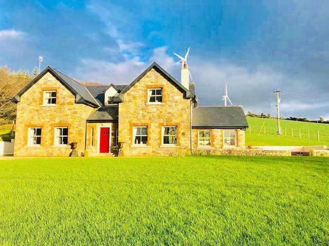 New to Market - Luxury Country Home
