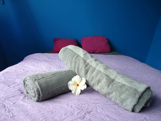 Two persons bed, the mattress is 140cm  x 200cm