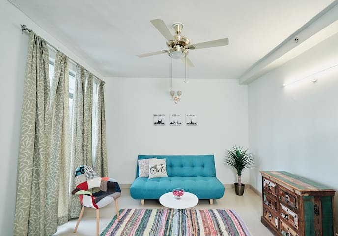 Modern co-living space in Gurgaon Sec 83