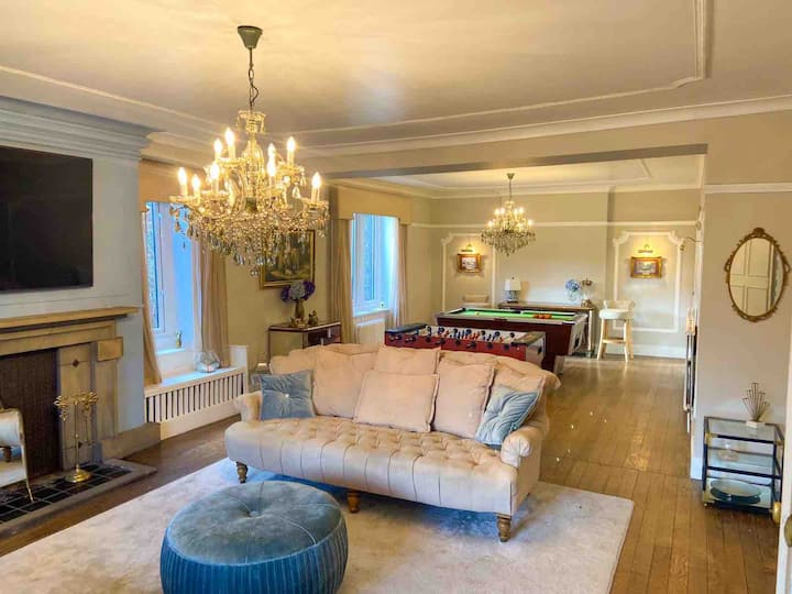 Large Boutique Property set in own private grounds