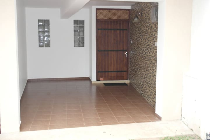 Nugegoda Holiday Home