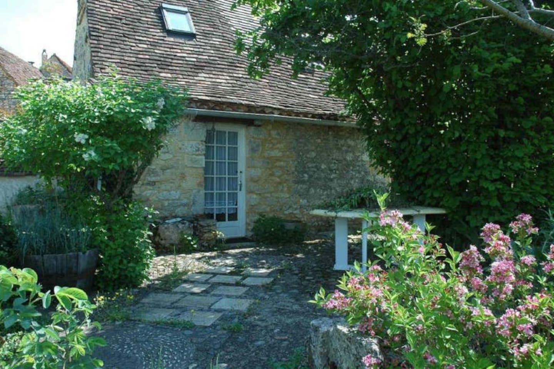 Cottage entrance, patio