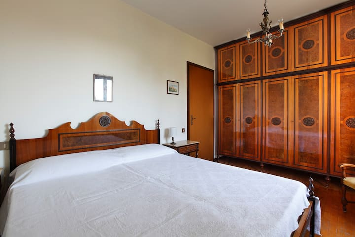 Comfy apt wifi aircond ENI hospital 25 min Duomo - San Donato Milanese - Appartement