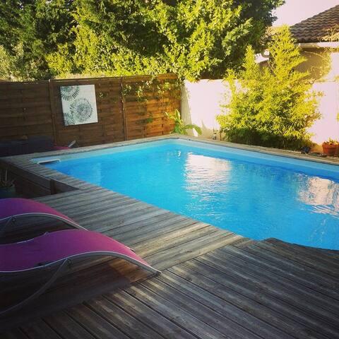 chambre privée à ROCHEFORT DU GARD - Rochefort-du-Gard - Bed & Breakfast