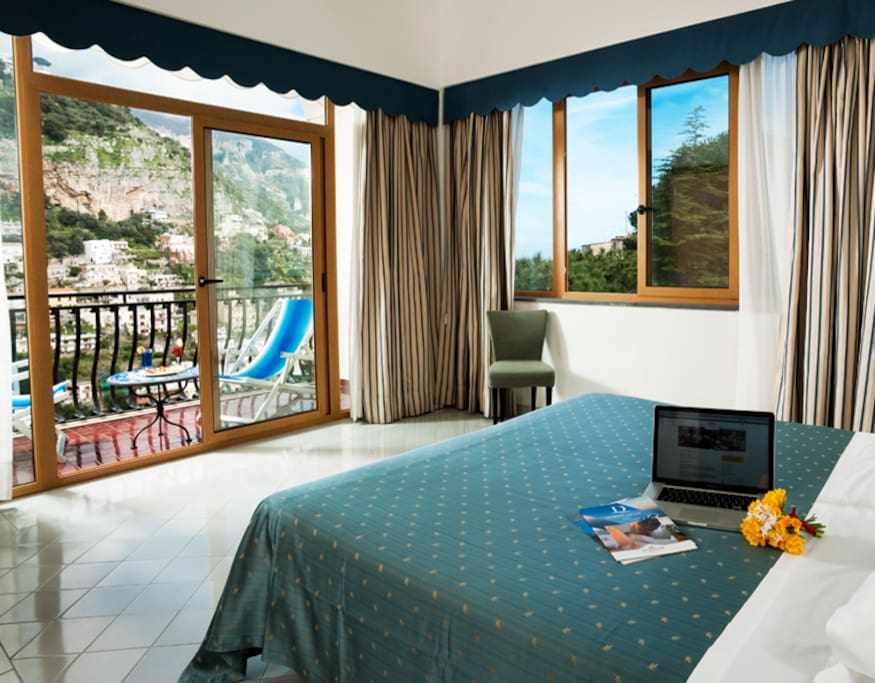 Royal holidays boutique hotels for rent in positano for Best boutique hotels in italy