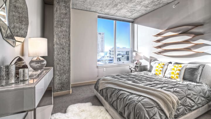 Wake up to the energy of the city in this stylish 1BD