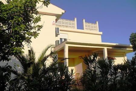 Casa Els Ports big villa - Roquetes - Casa