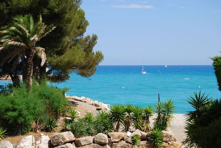 SEA VIEW - LUXUARY 59+20m2 on beach ! - Villeneuve-Loubet - Wohnung