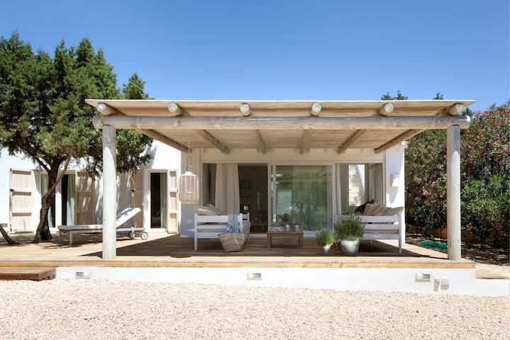 Villa Los Dragos Beach. Formentera