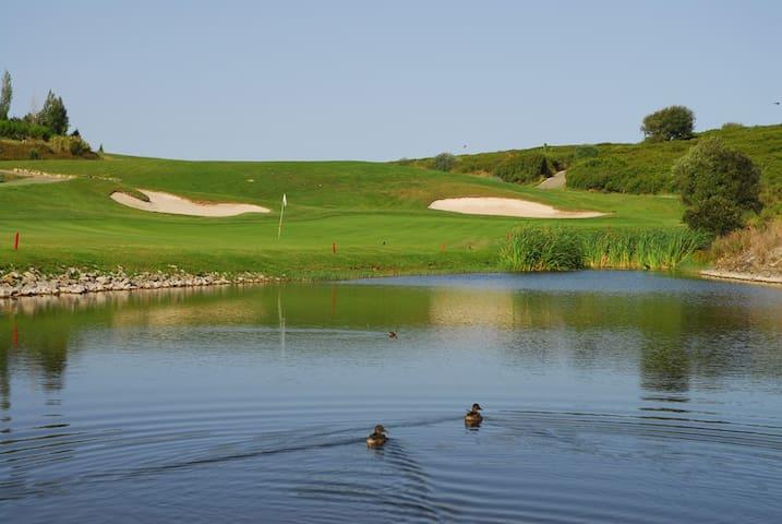 Lisbon, Cascais, Sintra: Golf & Nature - Belas Clube de Campo - Apartamento