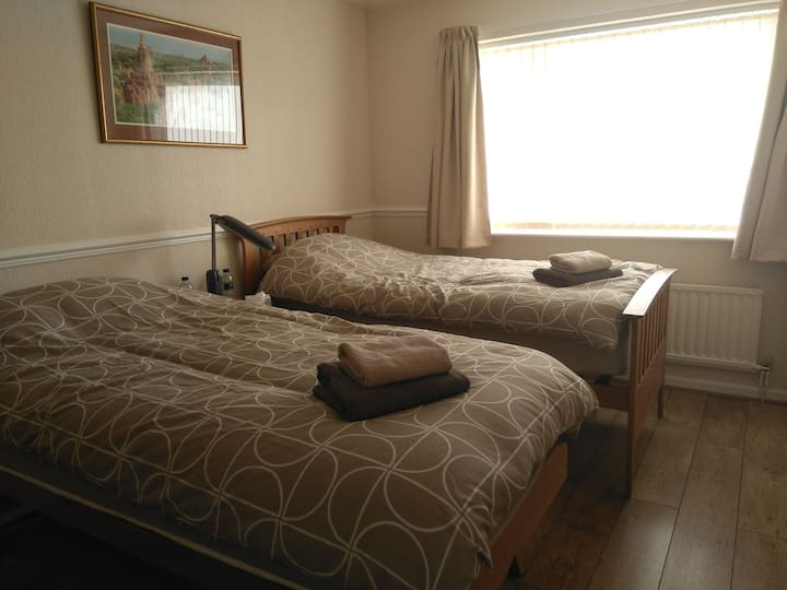 Fresh and comfortable single, twin or double room.