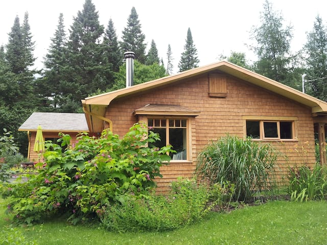 Beautiful house in the mountains - Stoneham-et-Tewkesbury - 獨棟