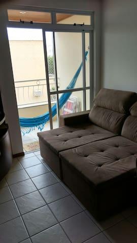 Apartamento de 1 quarto com piscina - Florianópolis - Byt