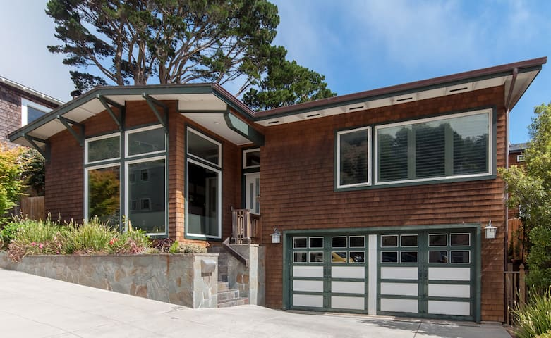 Luxury Living By The Bay- Sausalito