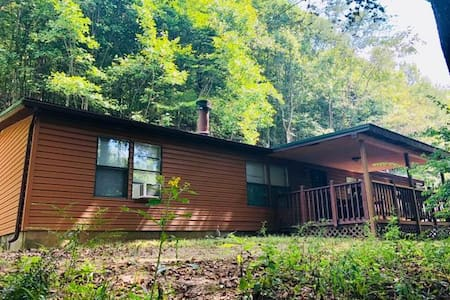 Cross Creek Cabin Hocking Hills Ohio