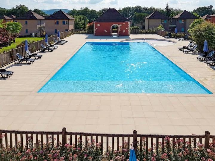 Studio avec piscine résid. 3* proche Cahors