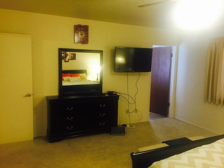 Master bedroom with 40inch TV